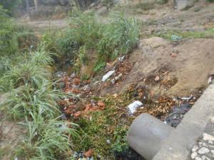 ruas sem saneamento básico